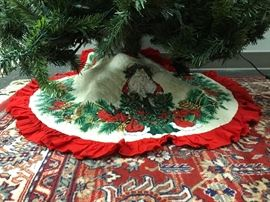 Vintage Quilted Tree Skirt