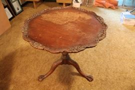 Vintage Imperial Mahogany Piecrust side table
