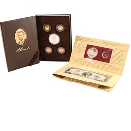 2209 Lincoln Coin Set with Silver Dollar and Jefferson Commemorative Set: A 2009 United States Mint Lincoln Coin and Chronicles Set. This encapsulated selection features the commemorative silver dollar, and each one of the special, commemorative reverses on the Lincoln Head cents issued for that year. Also included is the Jefferson Coinage and Currency Set with the 1993 commemorative silver dollar, a 1994 nickel and 1976 two-dollar bill. Both silver dollars are 90% silver and 10% copper, measure 38.1 mm, and weigh approx. 26.73 grams each.