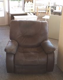 Flexsteel brown very large recliner