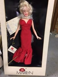 "1983 18"" Marilyn Monroe doll in box"