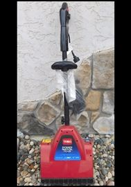 Toro Power Shovel Plus with Broom Attachment