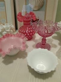 Pretty pink colored Fenton pieces!!