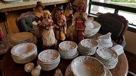 China Set ... Thanksgiving Decor