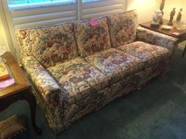 Small sofa in excellent condition!