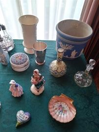 Early Wedgwood jardenier, Royal Doulton more