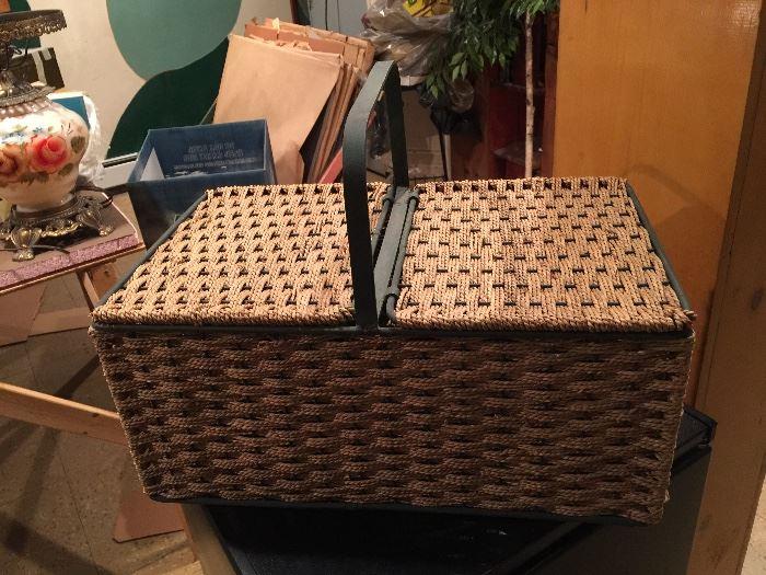 great picnic basket