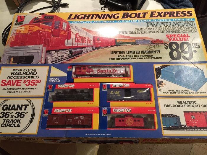 Lightning Bolt Express HO train set