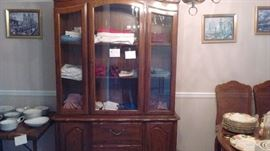 China Cabinet Table  6 chairs
