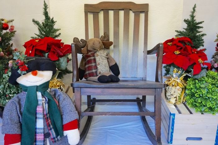 Holly Jolly Christmas Estate Sale Lansdowne Starts On