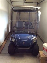 2014 Yamaha gas golf cart, almost new!!!