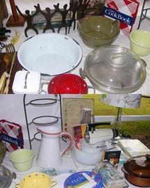 Sunbeam standing mixer, Chris Freytag blender and other kitchen items