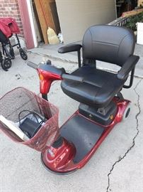New/never used mobility scooter - Invacare Lynx L3