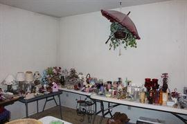 Home decor - lamps, candles/candle holders, floral arrangements