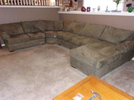 U shape sectional with queen sofa sleeper