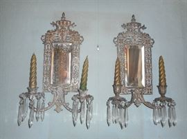 BEAUTIFUL Bevel mirrored candle sconce with prisms.