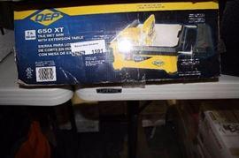 QEP 21 inch Tile Cutter