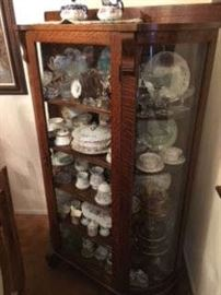 GORGEOUS ANTIQUE OAK CURIO CABINET WITH FULL CONTENTS - COLLECTIBLES GALORE!