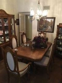 FORMAL DINING ROOM SET, CHINA CABINET, DECOR