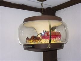 Vintage BUDWEISER Clydesdale Dog Parade Carousel Beer Hanging Light Motion Rotating Sign