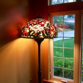 Oriental poppy floor lamp Tiffany style  with rope cord