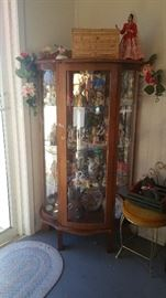 Glass lighted curio