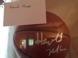 HOROLD MINER SIGNED BALL ** BUY IT NOW **