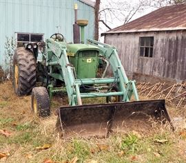 John Deere 4020 Agricultural Tractor, 96 PTO Horsepower, 6 Cylinder, 8 Forward Speeds, 2 Reverse Speeds, And Tas ML500 Bucket