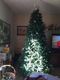 12' rotating Christmas tree