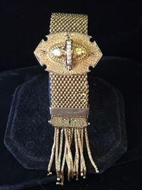 18 kt.Victorian gold bracelet  Reg $7800. Sale  $3900.