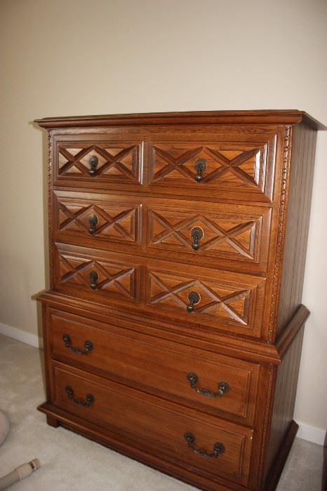 Estate Tag Sale Inside Private Home In Leawood Ks Starts