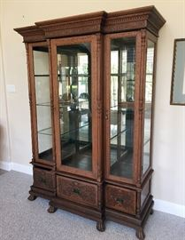 Gorgeous china cabinet.