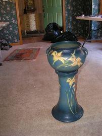 """Roseville 25"""" Pedestal and Pot"""