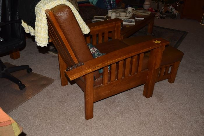 Craftsman reclining chair and ottoman
