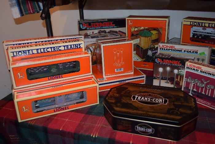 lionel train collectibles with boxes