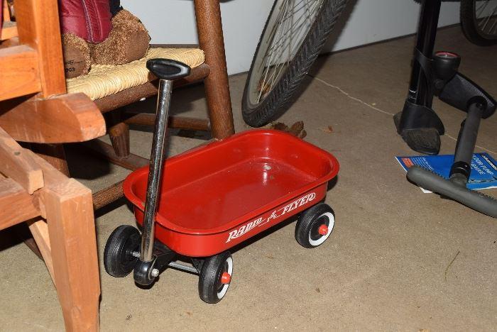 doll wagon