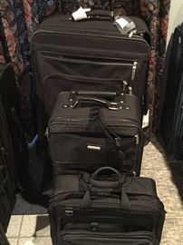 Several Sets of luggage