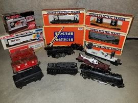 Lionel electric train cars