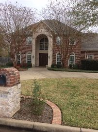 This beautiful 4922 square foot home is offered by Teri & Dale Sawyer of Keller Williams; it has 5 bedrooms & a swimming pool.