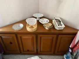 Living Room, Dining Room, Den, Kitchen, Basement & Bed Rooms