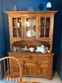 Oak Dining Set w/Sideboard & Hutch