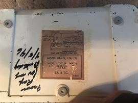 Vintage Sonora Radio