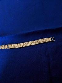 Hammered gold 14 kt. bracelet