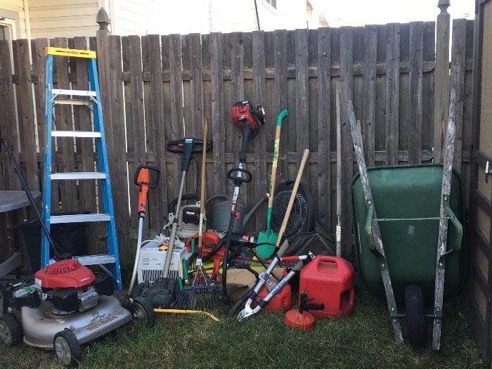 Lawn/Gardening Equipment