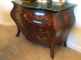 Antique Bombay-shaped walnut inlaid bureau with verigated green marble top, 3drawers with decorative hardware, made in Italy (Capri)