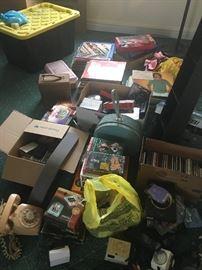 CD's, DVD's & household items
