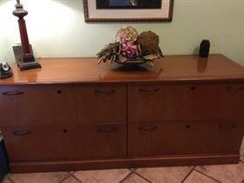 Matching filing cabinet to office desk . Nice companion piece.