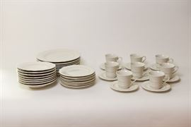 Eight Piece   Everyday China Setting