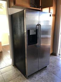 Frigidaire Gallery Pro Series Stainless Steel Refrigerator  $225. !!!