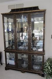 DREXEL ASIAN STYLE DISPLAY CABINET
